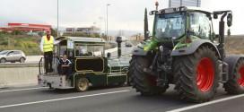 La ausencia de alumnos por la tractorada afecta a 49 rutas escolares en Granada