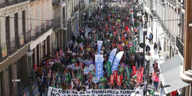Huelga por la defensa de la enseñanza pública andaluza