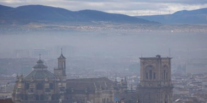 La contaminación baja a la mitad en Granada durante el estado de alarma