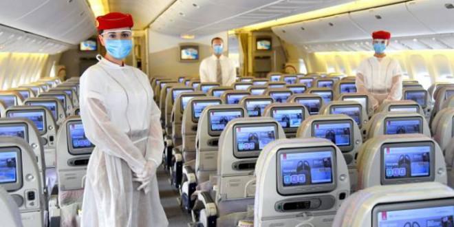 El virus llenará de mamparas los aeropuertos y acabará con el equipaje de mano en los aviones