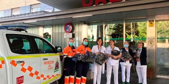 Atarfe entrega 3500 mascarillas y batas a hospitales y centros de la provincia