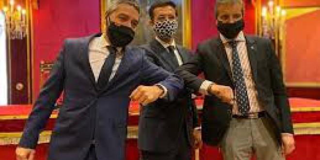 «Tiene mérito el 'pacto del codo» por Ignacio Henares