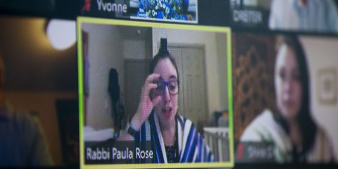 ¿Por qué nos agotan psicológicamente las videoconferencias?