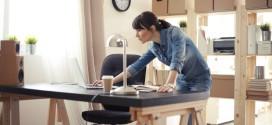 Trabajo a distancia Los riesgos laborales, el acoso y la promoción interna se cuelan en la ley del teletrabajo