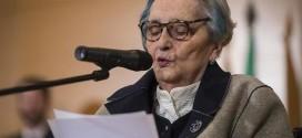 La memoria y la pregunta: notas a la poesía de Mariluz Escribano