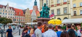 Free tours, la trampa de los paraguas de colores en la ciudad
