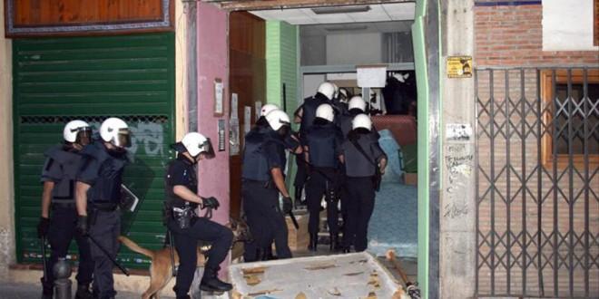 La falsa alarma de las okupaciones: la ley ya garantiza el desalojo exprés en los «allanamientos» de la residencia habitual y segunda vivienda