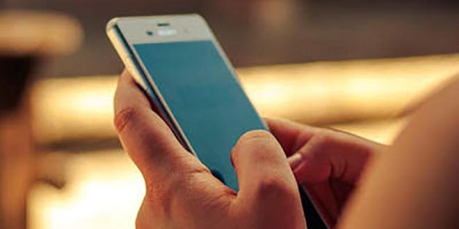 Intenta hacerse con un nuevo móvil en Atarfe tras usar la identidad de otra persona