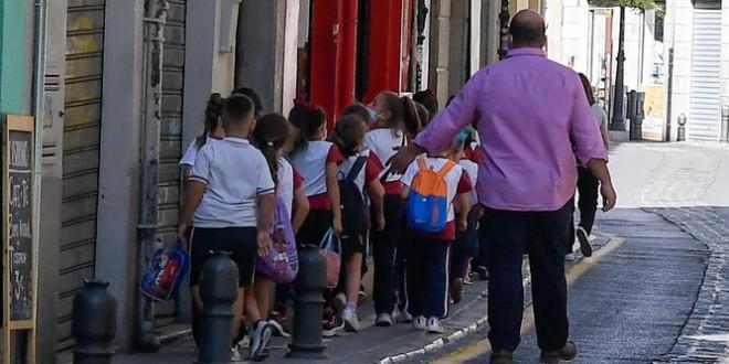 Dos investigadores granadinos avalan los grupos burbujas en los colegios