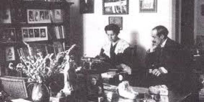 MUJERES QUE CAMBIARON LA HISTORIA (25): MARIA LEJARRAGA