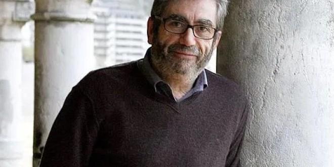 «MUÑOZ MOLINA Y EL CENTRO ARTÍSTICO» por Alberto Granados