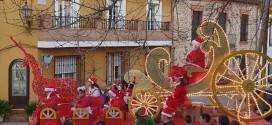 Un pueblo de Granada celebra la única cabalgata de Mamá Noel de España durante tres días