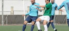 El Atarfe vence al Villacarrillo y está cerca de clasificarse entre los cuatro primeros, 1-0