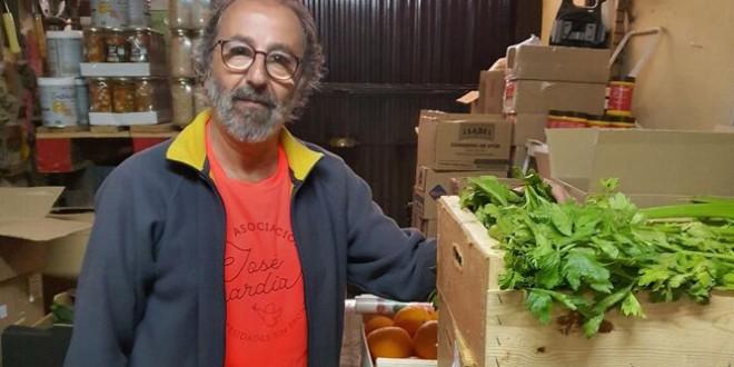 «Una cochera solidaria en Granada»