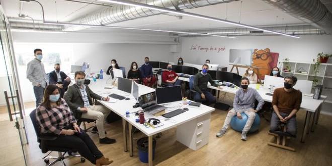Granada empieza a implantar la semana laboral de cuatro días
