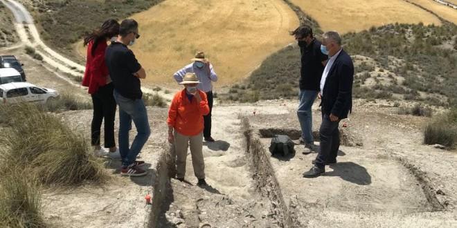 Diputación intervendrá en la conservación de los enclaves arqueológicos de Galera