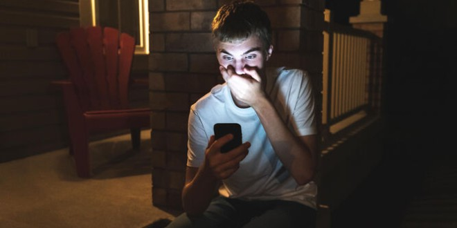 Un estudio hecho en Granada revela que más de la mitad de la población ha sido víctima de odio en las redes sociales