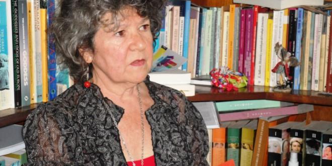«Lenguaje inclusivo no es usar, ellos y ellas, muchachas y muchachos y poner arrobas», Yadira Calvo