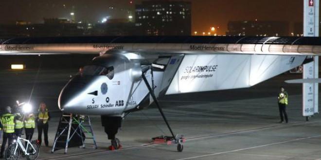 Empieza la epopeya del Solar Impulse 2