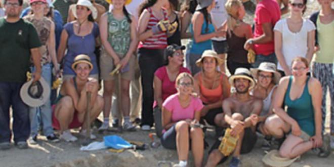 Los campos de trabajo de verano organizados por el INSTITUTO AANDALUZ DE LA JUVENTUD ofertarán 400 plazas en Andalucía