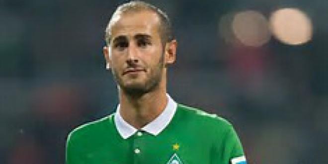 El jugador Atarfeño  ALEX GALVEZ del  Werder Bremen presenta EL I CAMPUS ALEX GALVEZ de Atarfe