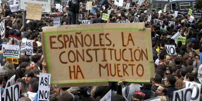 Las reformas de la Constitución de PSOE, Ciudadanos, Podemos e IU exigen disolver las Cortes