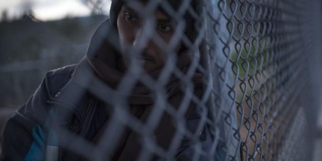 «Los refugiados en centros de acogida han pasado a ser prisioneros»