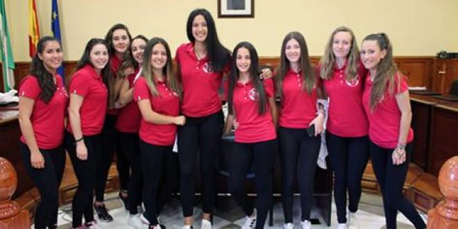 Recepción en el Ayuntamiento de Atarfe a las campeonas de Andalucía de voleibol