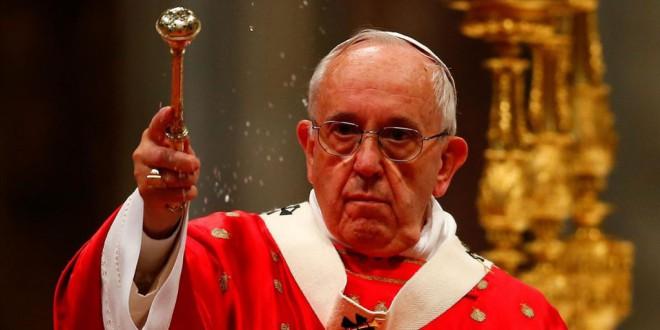 El papa Francisco defiende sacar la religión del ámbito público: «El Estado debe ser laico»