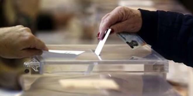 Protección Civil de Atarfe PRESTA el servicio gratuito para acudir a votar