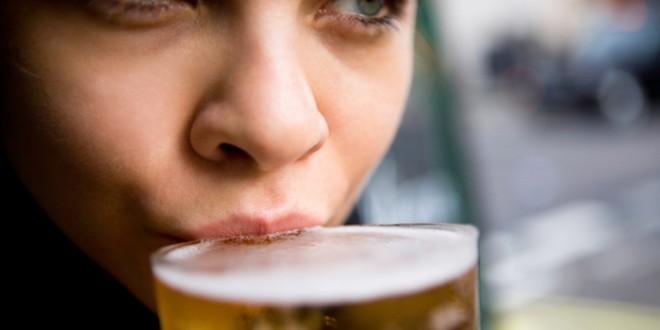 La cerveza es mejor que la leche para los huesos de las mujeres: estudio