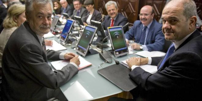 Un real decreto de 1984 puede dar un vuelco a la imputación de Chaves y Griñán en los ERE