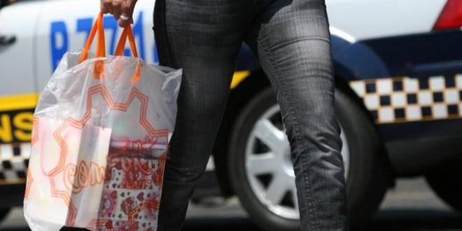 Habrá que pagar por ley las bolsas de plástico. ¿Cuándo y cuánto?