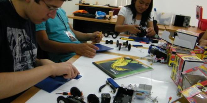 La Escuela de Verano para jóvenes con talleres educativos y artísticos
