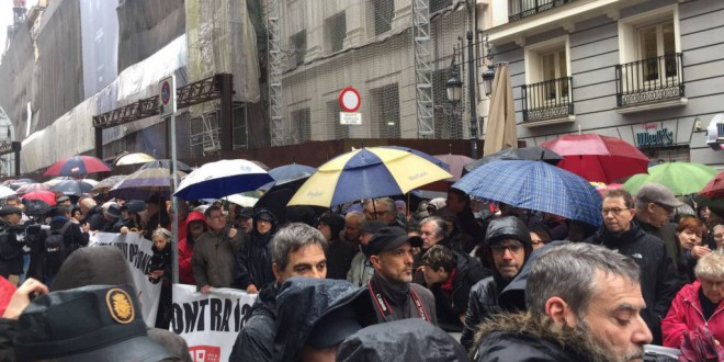 «Los viejos empiezan a asustar» por Iñaki Gabilondo