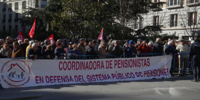 Un tercio de las pensiones públicas no llega al umbral de la pobreza en España