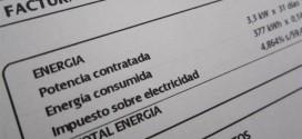 El gasto anual de los hogares en electricidad crece un 55% en una década, casi el triple que la inflación
