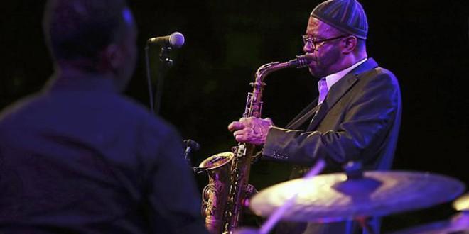 ATARFE: Kenny Garrett, Claire Martin y Sergio Pamies, estrellas del Jazz en el Lago