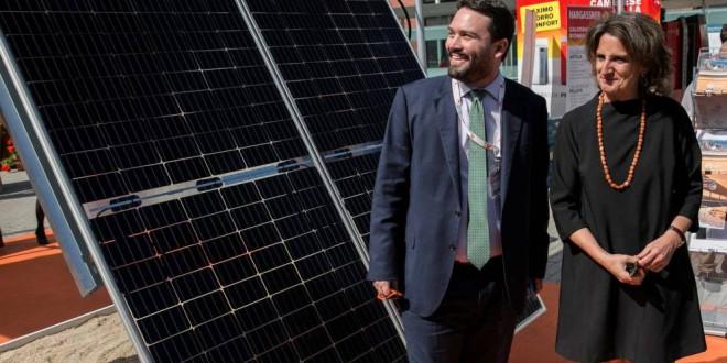 Primera batalla europea del Gobierno: el impuesto al sol ya tiene fecha de caducidad