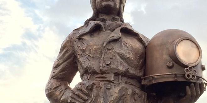 Inaugurada una escultura de nuestro vecino BALBINO MONTIANO