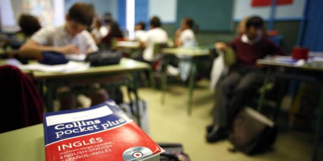 El 'boom' del bilingüismo llena las aulas de docentes que no dominan el inglés