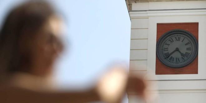 España mantendrá su huso horario actual y el cambio de hora estacional