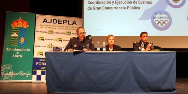 Atarfe acoge un encuentro de policías locales de Andalucía para planificar eventos multitudinarios
