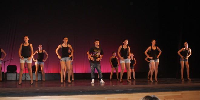 La Escuela de Danza de Atarfe participa en el VII Encuentro de Danza de Gines