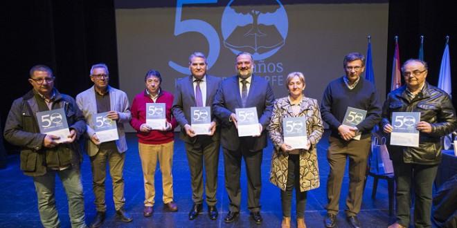 El IES Ilíberis presenta el libro conmemorativo de su 50 aniversario