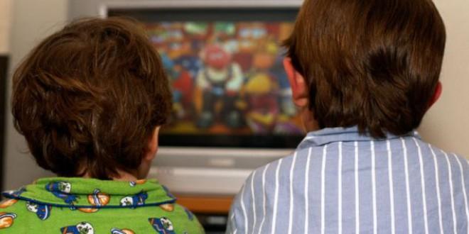 ¿Cómo afecta la TV (tablet, móvil…) al cerebro de mi bebé y su aprendizaje?