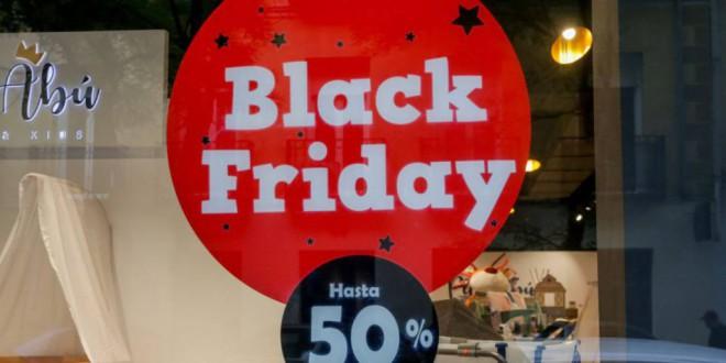 Los consejos de la Policía Nacional para que no te timen durante el Black Friday