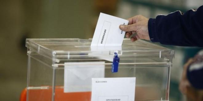 Cerca de 5.100 granadinos podrán votar este domingo por primera vez en elecciones generales