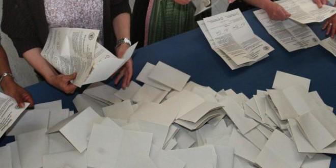 No se puede ofrecer dinero para ser sustituido en la mesa electoral