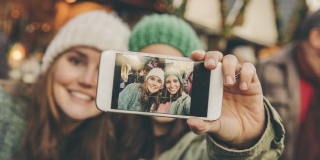 Cómo manejar los reencuentros con amigos a los que solo ves una vez al año